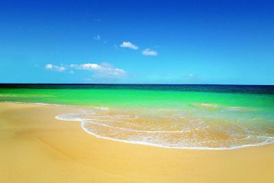 Море золотой песок что может быть